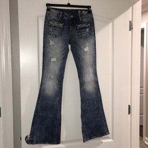 Miss Me flare mid rise jeans 26